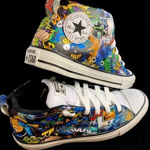 One-of-a-kind HYDROGRAPHIC design Chuck Taylor's